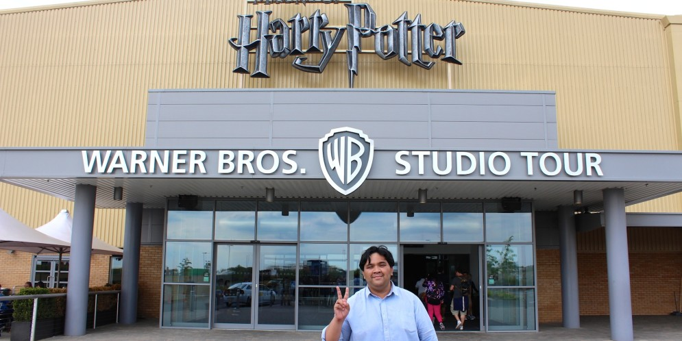 A Once in a Lifetime Trip to Hogwarts (Harry Potter Studios, Watford UK)
